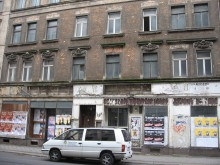 Bildinhalt: Es war einmal ... der Zustand des Wohnhauses Georg-Schwarz-Straße 19 vor der Sanierung.   © Lindenauer Stadtteilverein e.V.