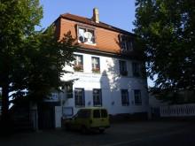 Bildinhalt: Griechisches Spezialitäten-Restaurant Herkules im alten Vereinshaus der Turn- und Sportgemeinde 1848 Leipzig-Lindenau