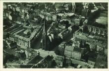 Bildinhalt: Ansichtskarte vom alten Dorfplatz