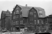 Bildinhalt: Haus der Volkskunst am Lindenauer Markt 21 während der grundlegenden Sanierung, 1993.01.06, Fotografin Viola Boden.Quelle: SGML, GOS-Nr. z0121046