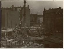 Bildinhalt: Bauarbeiten für das zukünftige Westbad im Frühjahr 1929, Blick zum Lindenauer Markt. Quelle: SGML, GOS-Nr. s0016885