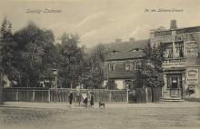 Bildinhalt: alte Ansicht des Hauses Odermannstraße 14 an der Einmündung Lützner Straße