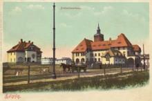 Bildinhalt: Diakonissenkrankenhaus 1901: Pfarrhaus, Krankenhaus und Diakonissen-Mutterhaus auf einer alten Ansichtskarte